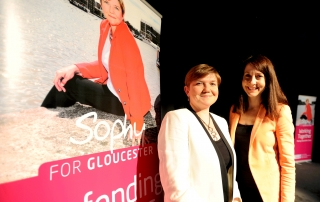 SOPHY AND LIZ KENDALL18